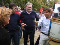 NECOCHEA: López y el ministro de Producción Tizado, testigos del éxito de la feria