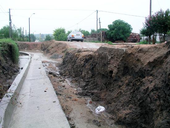 NECOCHEA: Una vez que el clima mejore,  se continuará con el cordón cuenta del Barrio Sur