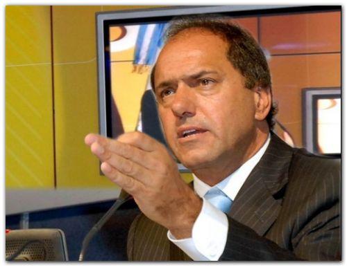 """PARO: """"El paro es un gran piquete al progreso del país"""", enfatizó Scioli"""