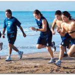 VELEZ: Maxi Moralez ya corre en la arena de Necochea