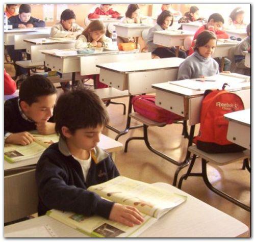 EDUCACIÓN: Escuelas bonaerenses recibieron fondos para comprar equipamiento e insumos