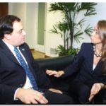 PRODUCCIÓN: Ferré se reunió con Giorgi y mantuvo un encuentro con autoridades francesas para analizar inversiones en la Provincia