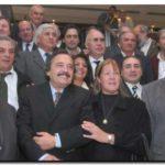 """STOLBIZER, OPTIMISTA: """"Vamos a triunfar en forma rotunda"""". La candidata del Acuerdo Cívico y Alfonsín reunieron a los intendentes. Críticas a Kirchner"""