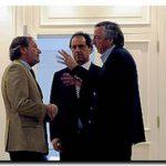 """ELECCIONES 2009: Kirchner anunció su renuncia al PJ, Scioli lo reemplazará y seguirá como Gobernador. Cristina atribuyó la derrota al """"desgaste"""" de la gestión y a """"errores"""" de su gobierno"""