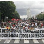TARIFAZOS: Argentina anula las subidas de las tarifas de gas y electricidad. Las presiones de consumidores y oposición obligan a rectificar al Gobierno