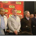 POLÍTICA: Acto. Unión Pro mostró unidad y proclamó a De Narváez gobernador. Presencia de Gastón Guarracino y Gerónimo Venegas
