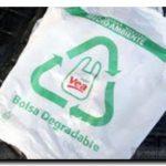 ECOLOGÍA: ¿El remedio peor que la enfermedad?: Advierten que las nuevas bolsas que entregan los súper serían más contaminantes que las habituales