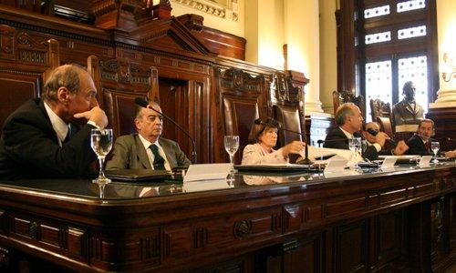 La Corte convalidó resolución de la Facultad de Medicina de la UNLP