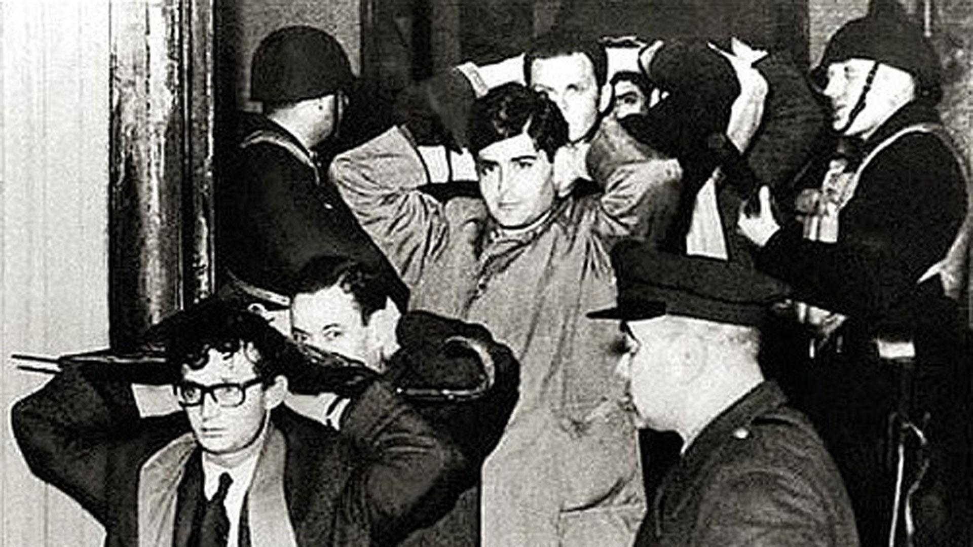 """HOMENAJE: A 53 años de la """"Noche de los Bastones Largos"""""""