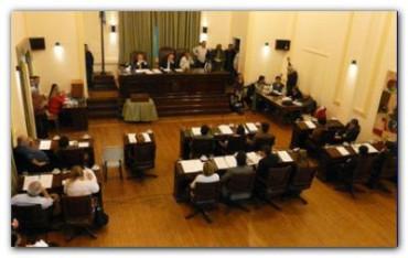 NECOCHEA: El Concejo Deliberante con ediles patoteros