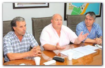 PUERTO QUEQUÉN: Carta al gobernador apoyando la continuidad de De Gregorio