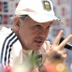 MUNDIAL: Sabella llegó a Costa do Sauipe para presenciar el sorteo de la Copa Mundial