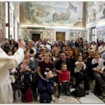 """EL PAPA FRANCISCO: """"Pido perdón por los abusos a niños por parte de sacerdotes"""""""