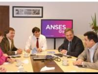 TERRENOS PRO.CRE.AR.: Bossio junto a Alberto Pérez analizaron crear más suelo urbano para familias bonaerenses