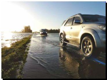 """RUTA 228: """"El agua está bajando y cuando llegue a 15 cm. podremos habilitarla al tránsito"""""""