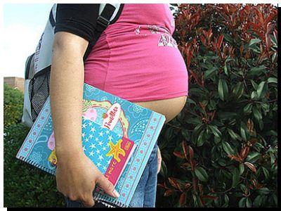 EDUCACIÓN: Las alumnas embarazadas y los varones padres tendrán faltas justificadas a la escuela