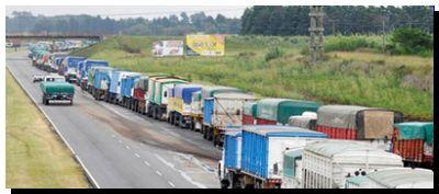 AGRO: Ingresaron más de 3600 camiones a los puertos de Santa Fe en el segundo día del paro