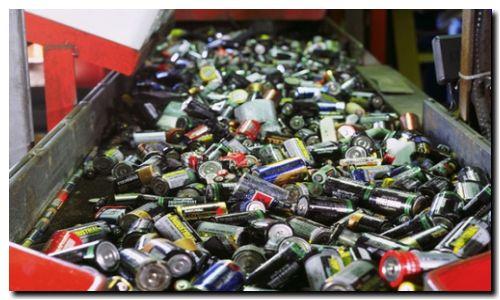 ECOLOGÍA: Crearon la primera planta de reciclado de pilas del país