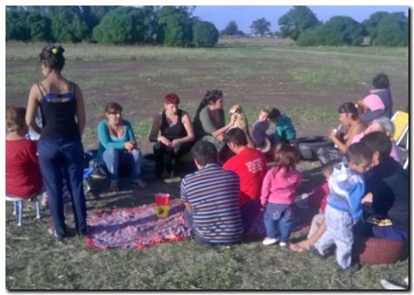 NECOCHEA: Pascua en el Barrio Malvones