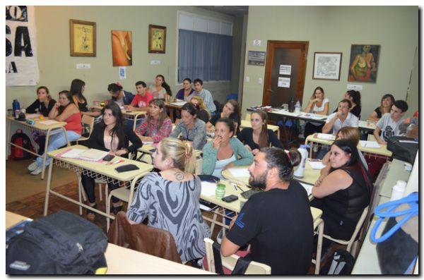 NECOCHEA: Taller seminario sobre situaciones de crisis