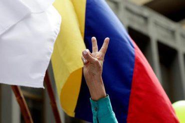 FARC decretan cese al fuego definitivo