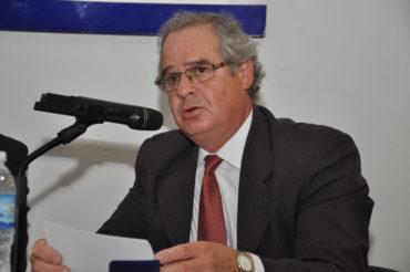 Leopoldo Bernard es el nuevo Presidente del Colegio de Escribanos provincial