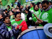 GREMIALES: Estatales bonaerenses convocaron a un paro