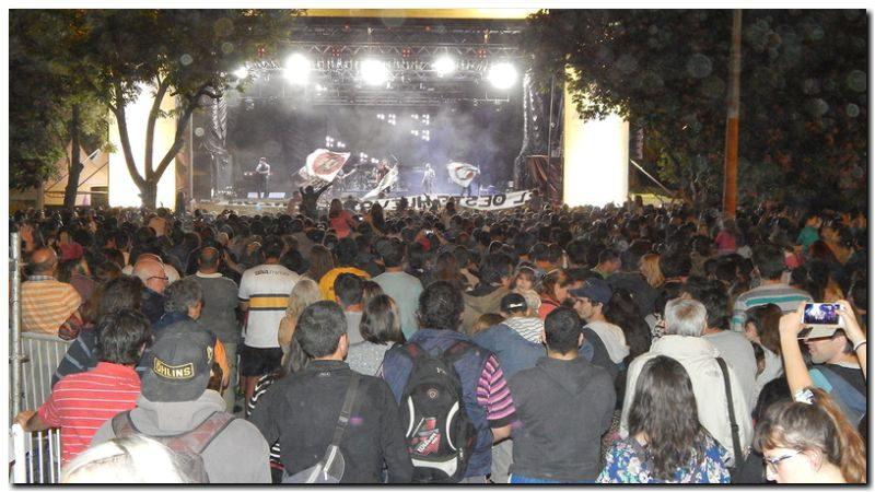 """18 mil personas se """"acercaron"""" para desbordar el Parque a lo grande"""