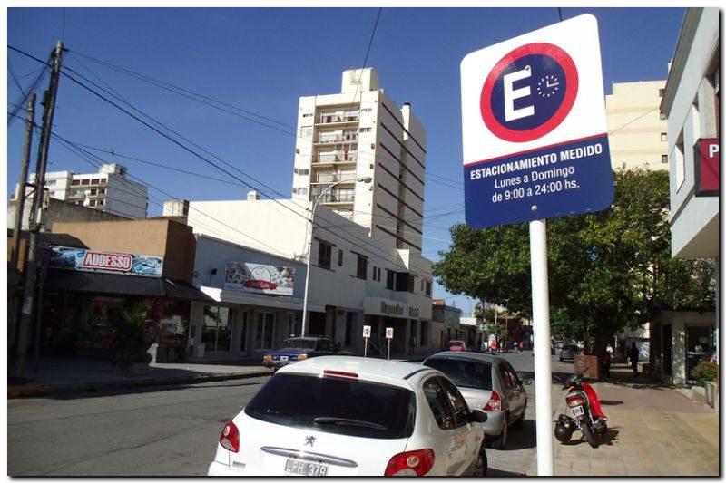 NECOCHEA: Acuerdo por el estacionamiento medido