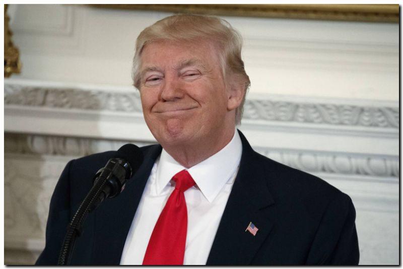 EL MUNDO: Trump anuncia una subida de 54.000 millones de dólares en el presupuesto militar