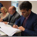 NECOCHEA: López firmó convenio en provincia para cinco obras en el Distrito