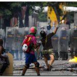 VENEZUELA: Dos muertos y 97 detenidos en primer día de paro