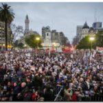 DERECHOS HUMANOS: Plaza de Mayo se colmó en un pedido histórico por Santiago Maldonado