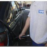ECONOMIA: Desde este sábado aumenta 6% el precio de los combustibles