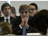 Luis Caputo reemplaza a Federico Sturzenegger en fuerte crisis