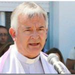 SOCIEDAD: Un cura denunciado por abusar de niños asumió en Necochea y fue repudiado con una protesta