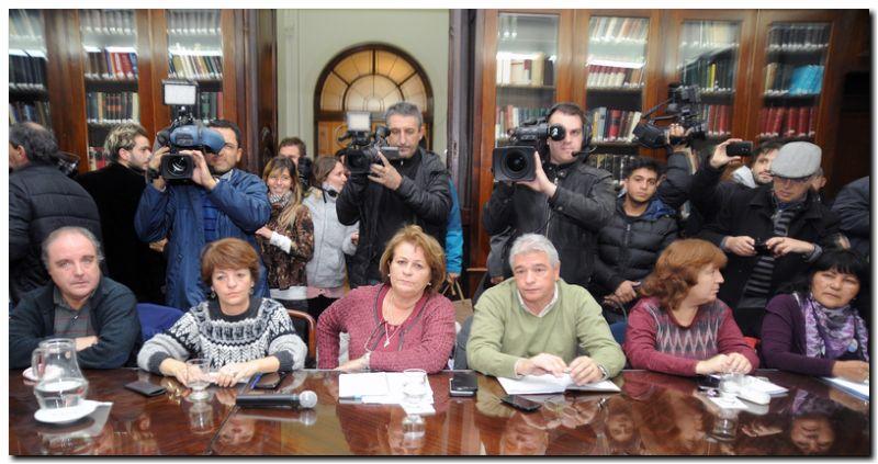 EDUCACIÓN: Paro de docentes para el 27 de marzo