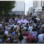 SOCIEDAD: Repudiaron la detención de un artista callejero en Mar del Plata