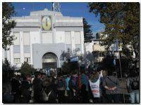 EDUCACIÓN: Masiva marcha de docentes y estudiantes a Plaza de Mayo con duras críticas al Gobierno