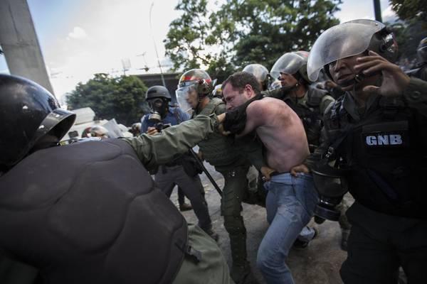 OEA acusa a Maduro de varios crímenes