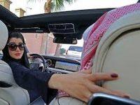Ya pueden manejar las mujeres en Arabia Saudita