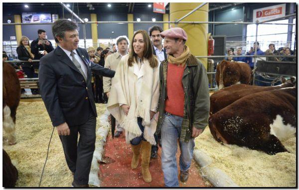 Vidal recorrió la exposición rural de Palermo