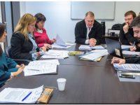 Se aprobó en comisión el fin de las reelecciones indefinidas en colegios profesionales