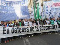 Queda sin efecto una medida de Vidal y los docentes sin título seguirán en sus puestos