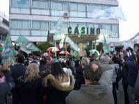 NECOCHEA: Importante participación en el abrazo al Casino