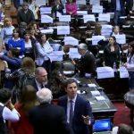 LEGISLATURA: Cambiemos sorteó una sesión accidentada y consiguió aprobar el Presupuesto 2019
