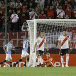 FÚTBOL: Gremio derrotó a River y lo complicó en la copa