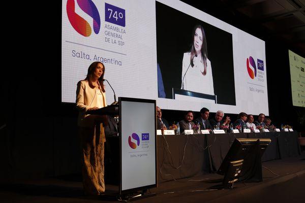 POLÍTICA: La gobernadora Vidal de visita en Salta