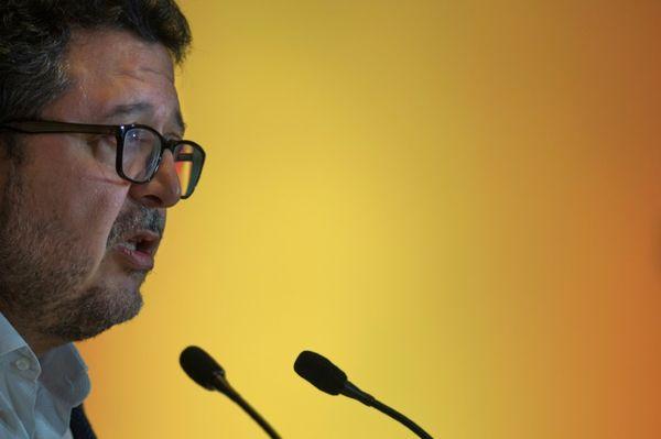 EL MUNDO: La ultraderecha entra fuerte en Andalucía