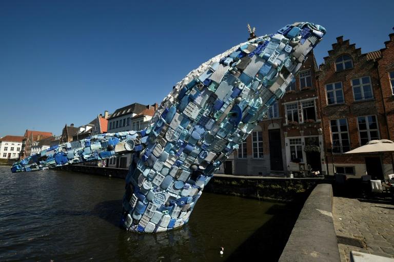 EL MUNDO: La UE declara la guerra a los plásticos de un solo uso